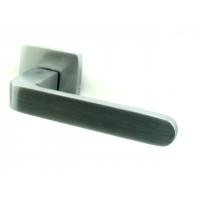 Дверная ручка COLOMBO design FEDRA матовый хром
