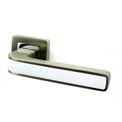 Ручка дверная PUNTO NOVA SN/WH матовый никель-белая